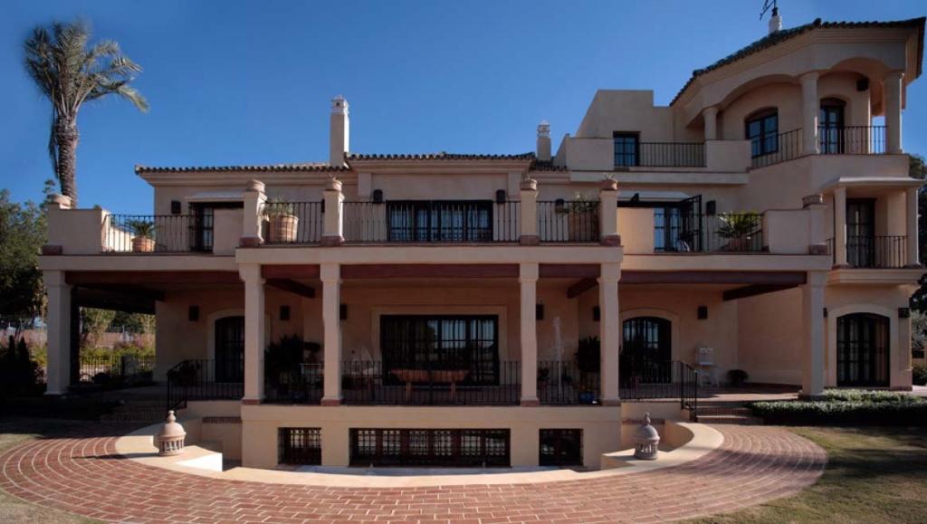 Villa de lujo mansion espa a c diz jerez de la frontera for Villas de lujo en madrid